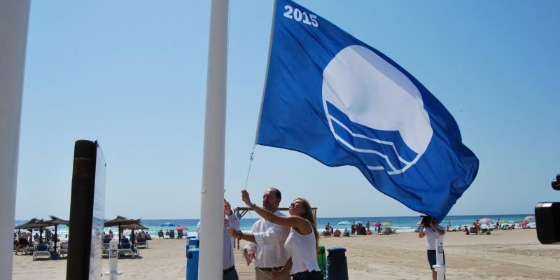 Orihuela consigue sus 11 banderas azules para las playas