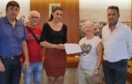 El Ayuntamiento de Guardamar y la Asociación de Restauradores entregan 665€ a Cáritas