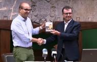 Adrián Ballester presenta en Benejúzar la serie documental 'Alicante, pueblo a pueblo' y el capítulo sobre la localidad