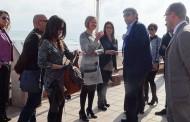 La consellera María José Salvador visita Guardamar para mejorar la conexión de infraestuctura verde con la zona de la costa