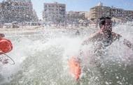 El Ayuntamiento de Guardamar sanciona a bañistas por desobedecer a socorristas y bañarse con bandera roja