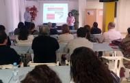 Una veintena de personas asiste a taller de innovación y sostenibilidad comercial en Rafal