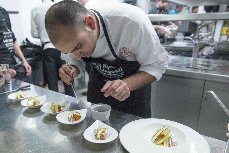 José Carlos López Gámiz gana el II Concurso Nacional de Cocina de la Ñora y el Langostino de Guardamar