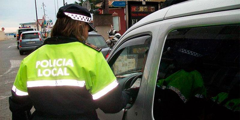 La Policía Local de Callosa arresta a un hombre por cuadriplicar la tasa de alcoholemia máxima permitida