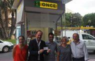 Un quiosco de la ONCE en Orihuela es el primero en lucir el nuevo diseño en toda la provincia de Alicante
