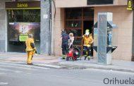 Un incendio en un cuadro eléctrico obliga al desalojo de varias personas de un mismo edificio