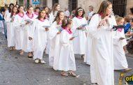 [FOTOS] La procesión del Corpus Christi recorrió ayer las calles de Orihuela