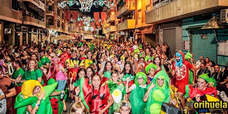 [FOTOS] La Retreta vuelve a poner su punto de humor a las fiestas